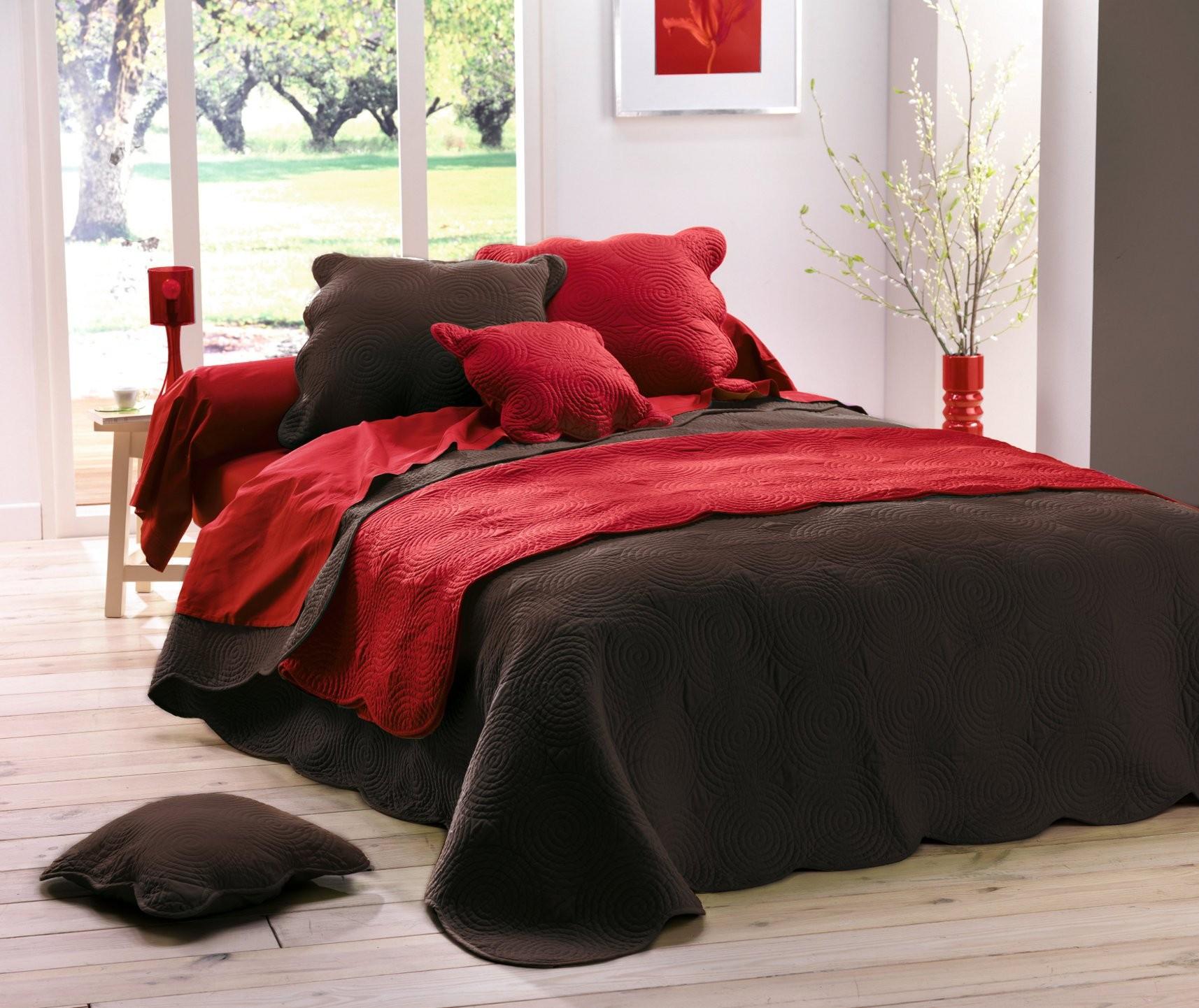 housse de coussin boutis uni chocolat 60 cm. Black Bedroom Furniture Sets. Home Design Ideas