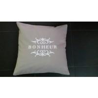 Housse de Coussin Brodé  'Bonheur'  40 cm