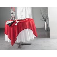 voir la serviette Grise sur la table